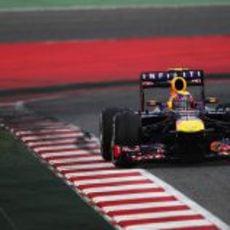 Mark Webber en el tercer sector de Montmeló