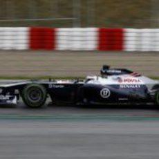 Valtteri Bottas en pista con el FW35