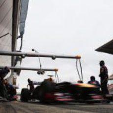 Red Bull trabajando en el Circuit