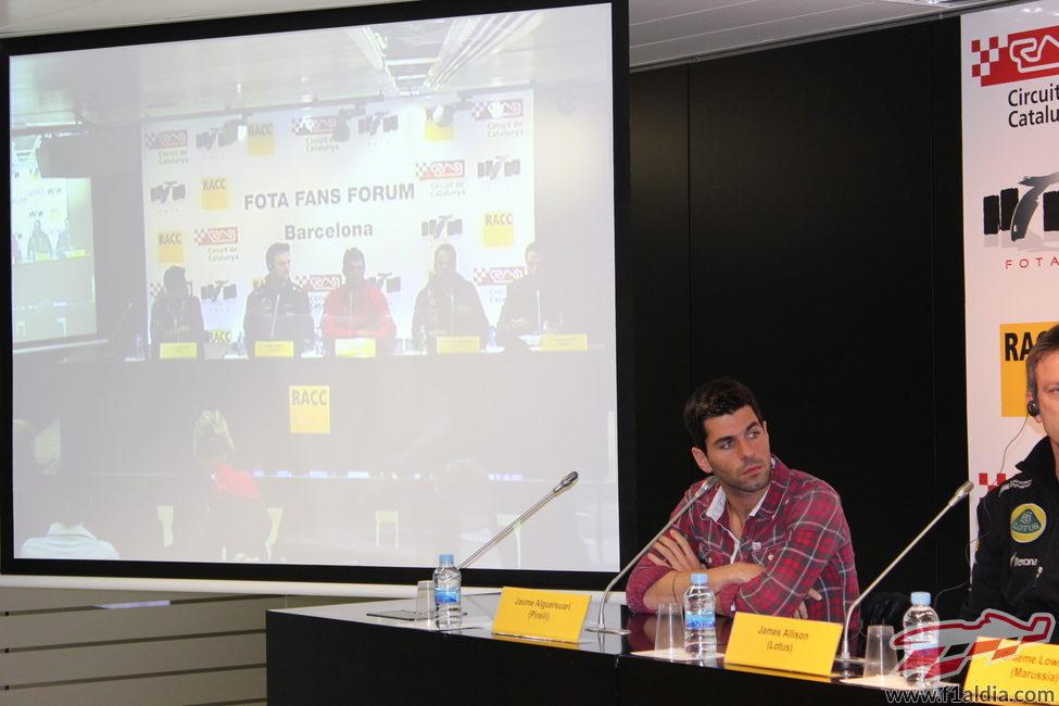 Jaime Alguersuari, pendiente de la intervención de uno de los invitados
