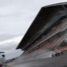 La lluvia volvió a complicar el día de test a los equipos en Montmeló