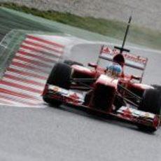Fernando Alonso pilotó el Ferrari durante la segunda jornada