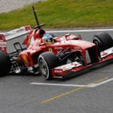 La pista se secó y Fernando Alonso pudo rodar con slicks
