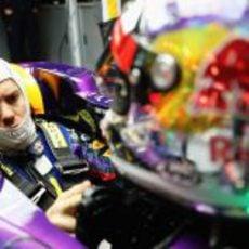 El campeón, Sebastian Vettel, regresó a la acción con su RB9