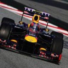 Mark Webber completó su último día de test con el RB9