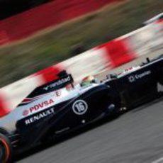 Pastor Maldonado prueba el compuesto duro en Barcelona