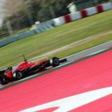 Jules Bianchi sigue ganando experiencia con el MR02