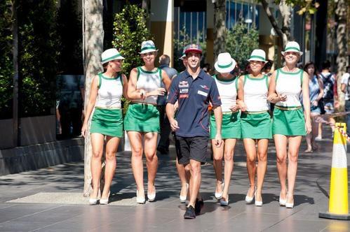 De paseo con Daniel Ricciardo