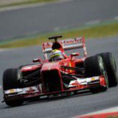 Felipe Massa en sus últimas vueltas con el F138 en pretemporada