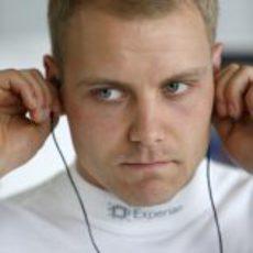 Valtteri Bottas se prepara para sus primeras vueltas a Albert Park