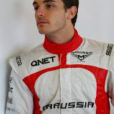 Jules Bianchi en el garaje de Marussia