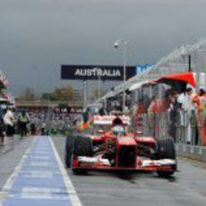 El F138 de Fernando Alonso en el pitlane