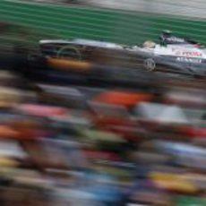 Pastor Maldonado con el FW35 en Australia