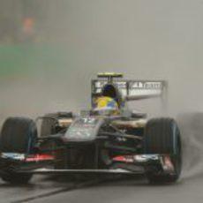 Esteban Gutiérrez pasa por una curva en Melbourne