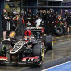 Cambio de neumáticos de Kimi Räikkönen