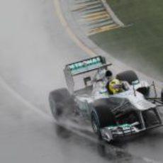Nico Rosberg fue el más rápido en una Q1 pasada por agua