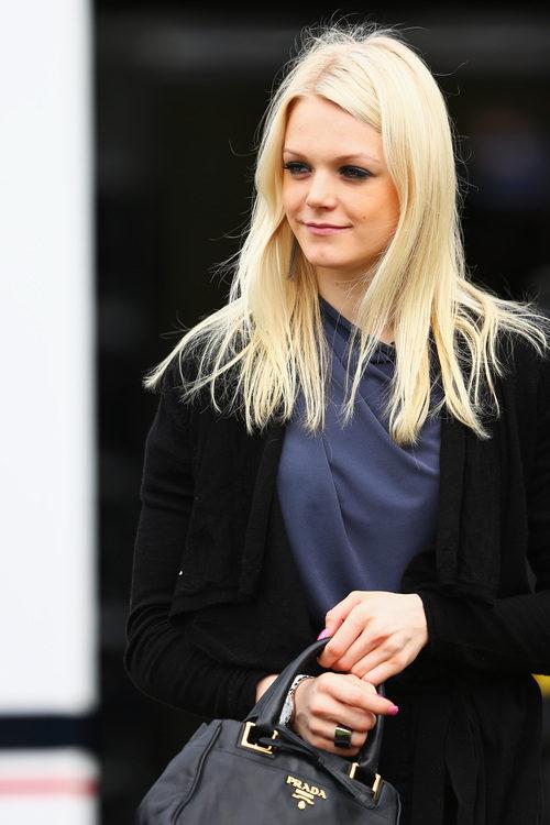 Emilia Pikkarainen, la novia de Valtteri Bottas, en Australia