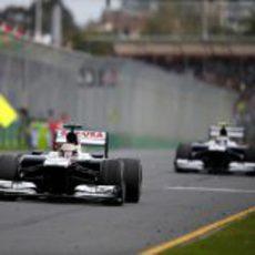 Pastor Maldonado y Valtteri Bottas rodando juntos