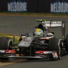 Esteban Gutiérrez afronta una de las curvas del circuito de Albert Park