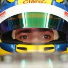 Primer plano del casco de Esteban Gutiérrez para el GP de Malasia 2013