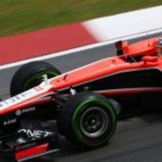 Jules Bianchi trata de sacar el máximo partido a su MR02