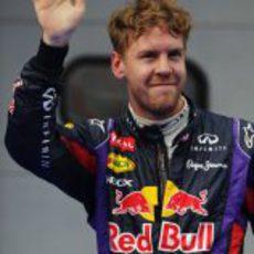 Sebastian Vettel celebra la segunda pole de la temporada