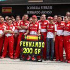 La familia Ferrari presente