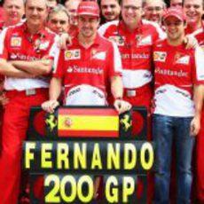 Stefano Domenicali y Felipe Massa en primera línea