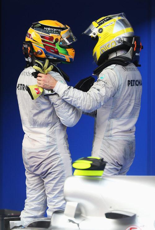 Lewis Hamilton agradece su trabajo a Nico Rosberg