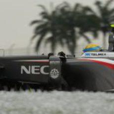Esteban Gutiérrez disputa la clasificación de Malasia