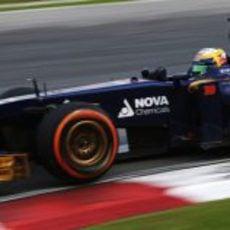 Jean-Eric Vergne rueda en el Gran Premio de Malasia