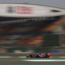 Jean-Eric Vergne rueda en el Gran Premio de China