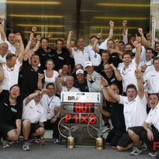 El equipo Brawn GP celebra su victoria