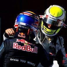 Webber felicita a Button