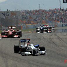 Kubica por delante de Raikkonen