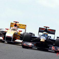 Bourdais seguido de Alonso