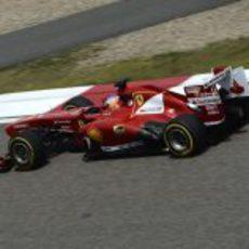 Fernando Alonso prueba los blandos en Shanghái