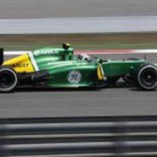 Giedo van der Garde a toda velocidad con su CT03