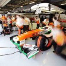 Quitan las mantas a los nuevos neumáticos de Paul di Resta