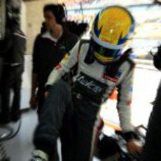 Esteban Gutiérrez mete un pie en su C32