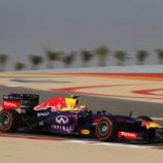 Mark Webber tuvo buen ritmo en los Libres 2 del GP de Baréin 2013