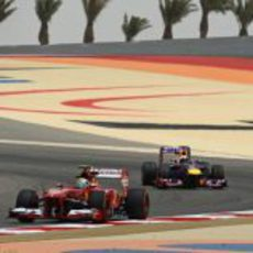 Felipe Massa y Sebastian Vettel se encuentran en pista