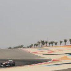 Paul di Resta rodando en los libres de Baréin