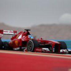 Fernando Alonso, clasificando en el Gran Premio de Baréin