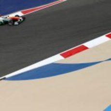 Los Force India, a la tercera fila