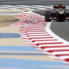 Kimi Räikkönen se quejó del equilibrio del coche en Baréin