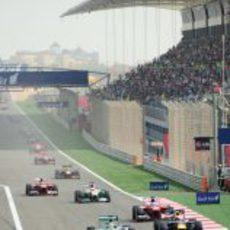 Nico Rosberg pierde la primera posición en Baréin