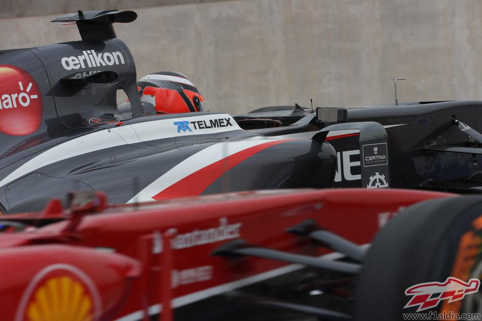 Nico Hülkenberg emparejado con Alonso en el 'pit-line'