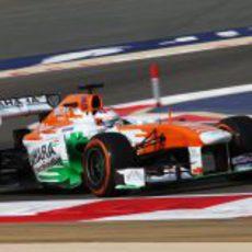 Paul di Resta estuvo cerca del podio en Baréin