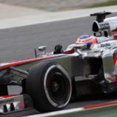 Jenson Button cayó en la Q2 del GP de España 2013